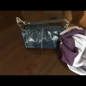 Coach small navy patent leather purse